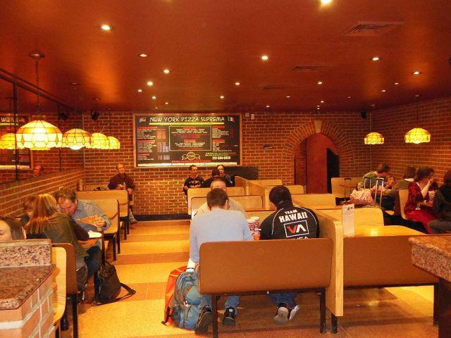 NY Pizza Sprema inside - RESIZE