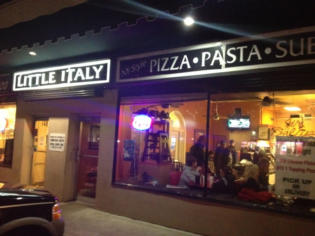 little italy a quick pizza stop in memphis the pizza snob. Black Bedroom Furniture Sets. Home Design Ideas
