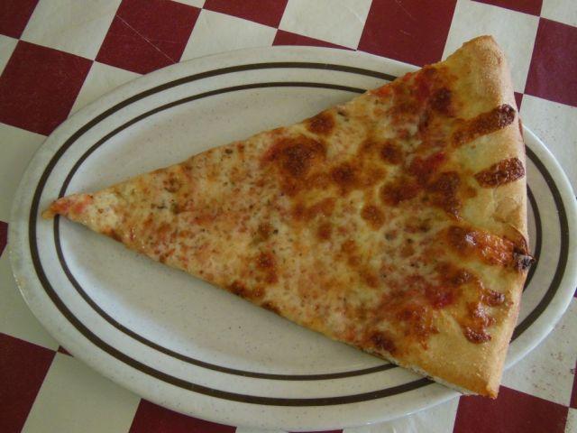 Nizza Pizza - slice - RESIZE