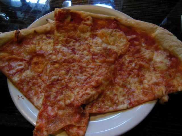 Luigis - slices - RESIZE