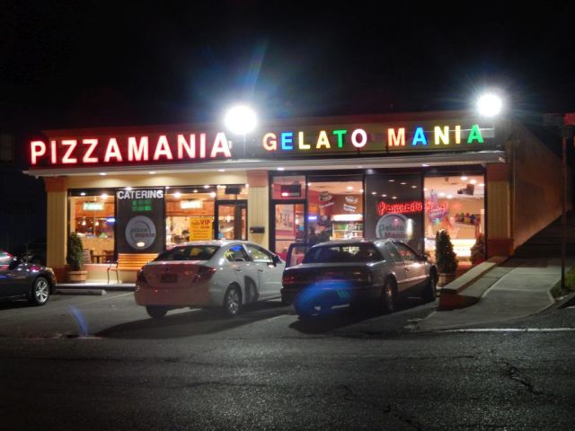 Pizza Mania - outside - RESIZE
