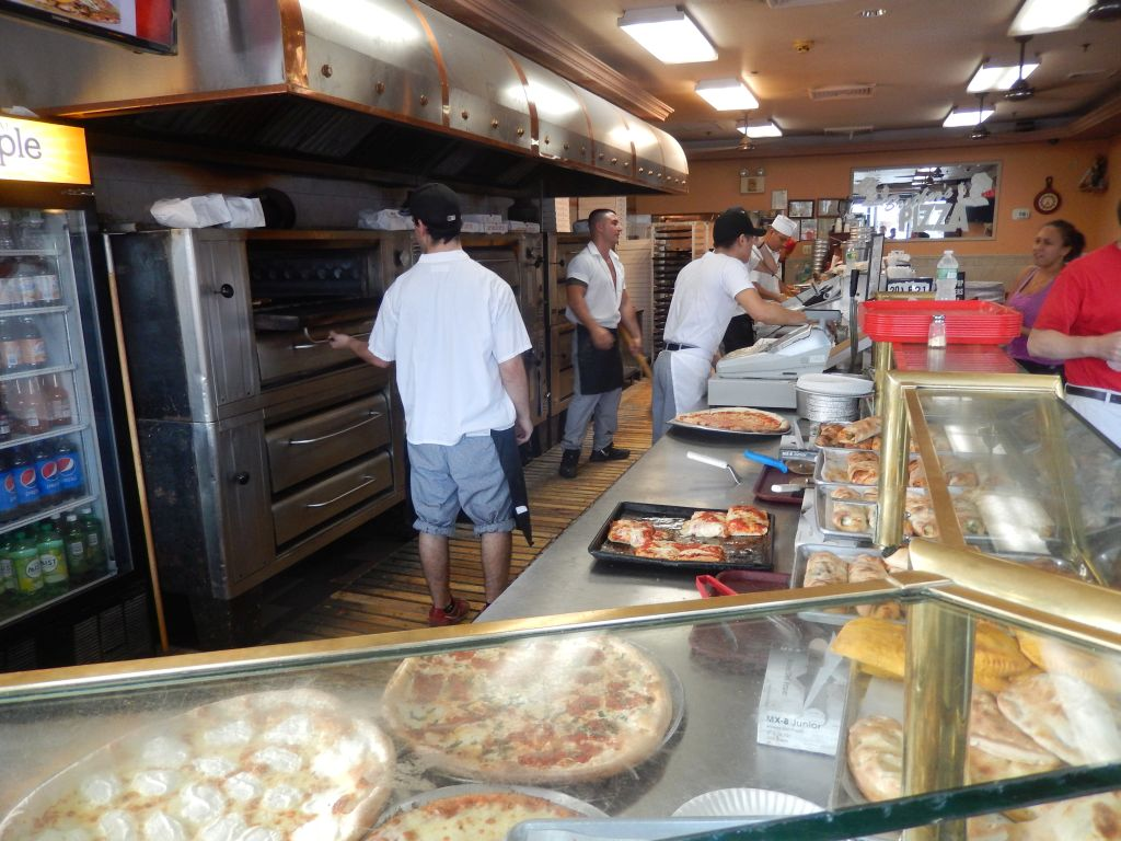 Brothers Staten Island Pizza