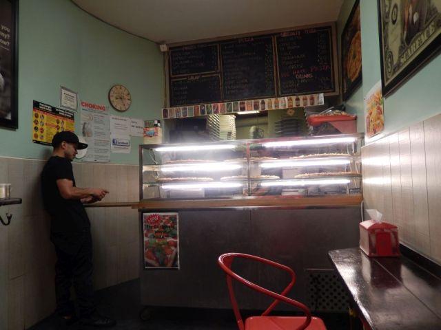 Stanton Street Pizza - INside - RESIZE