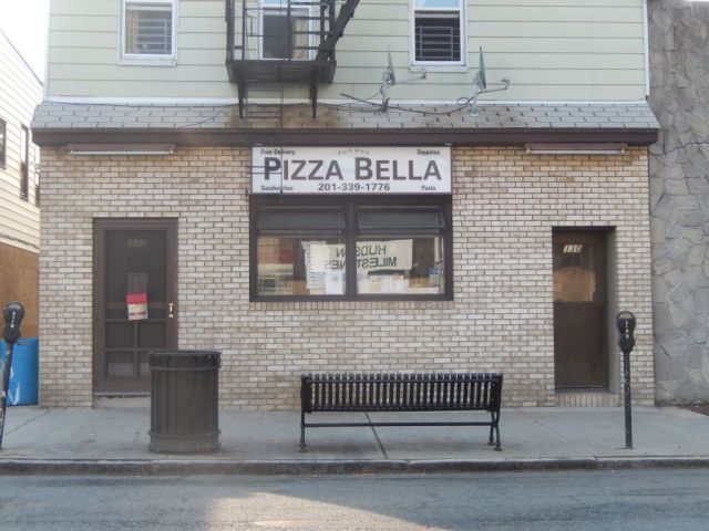 Pizza Bella - outside - RESIZE