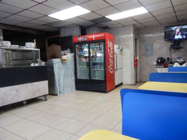 bayview-pizzeria-inside-resize