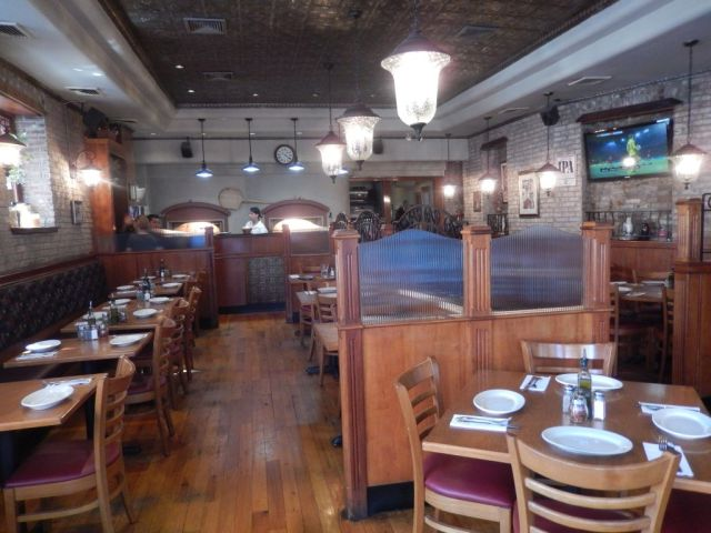 Nicks Pizza - inside - RESIZE