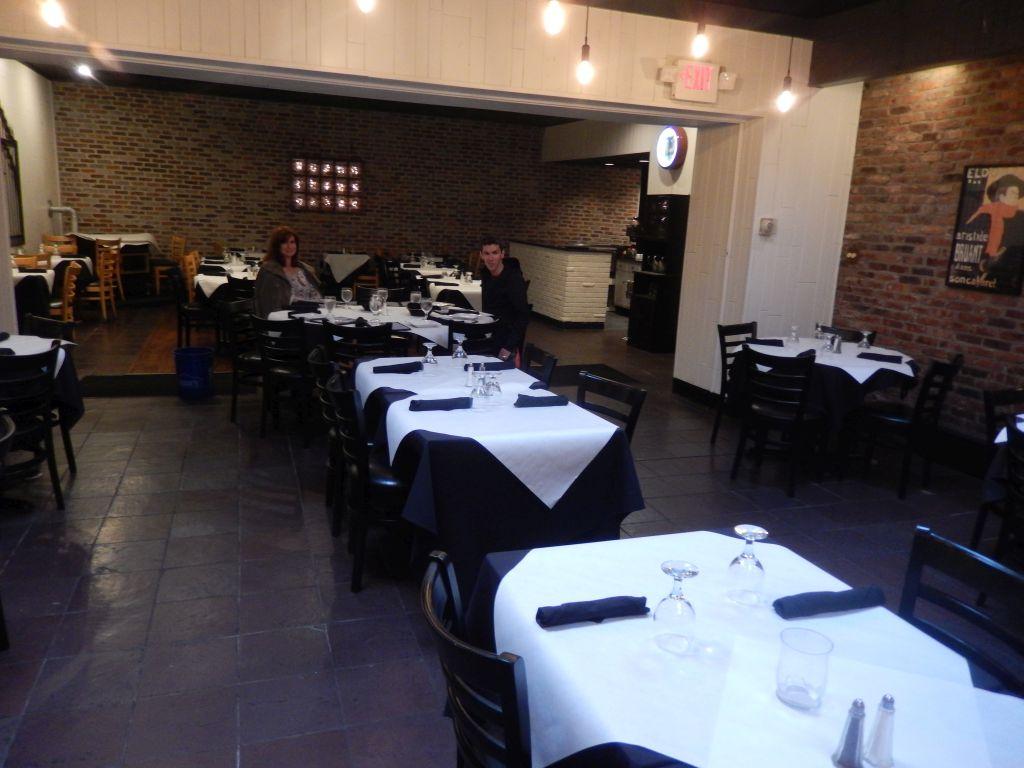 Bayonne Patio Bar U0026amp; Grille  Inside   RESIZE
