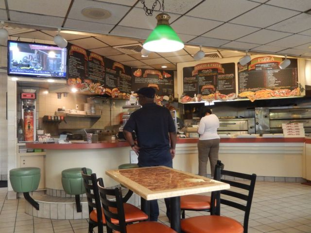 Joes Pizza & Pasta - inside - RESIZE
