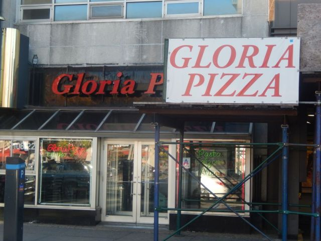 Gloria Pizza - outside - RESIZE