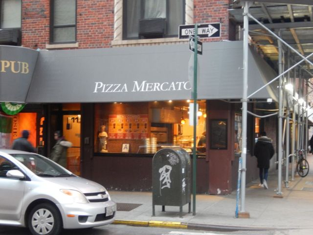Pizza Mercato - outside - RESIZE