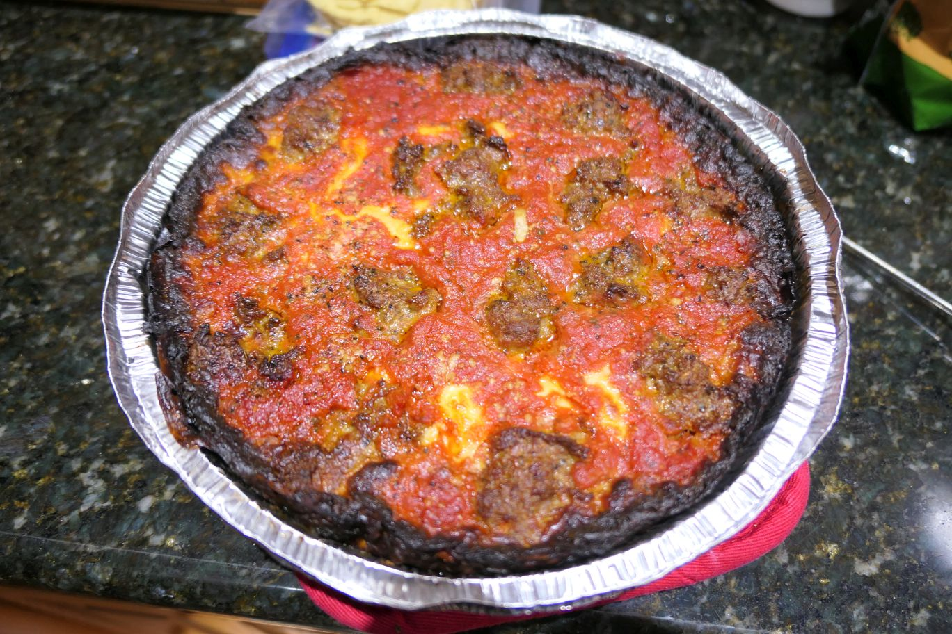 Pequods - pizza- RESIZE