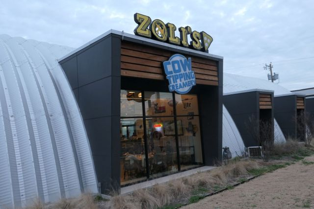 Zoli's - Outside2 - RESIZE